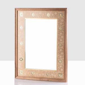 قاب آینه درخشا